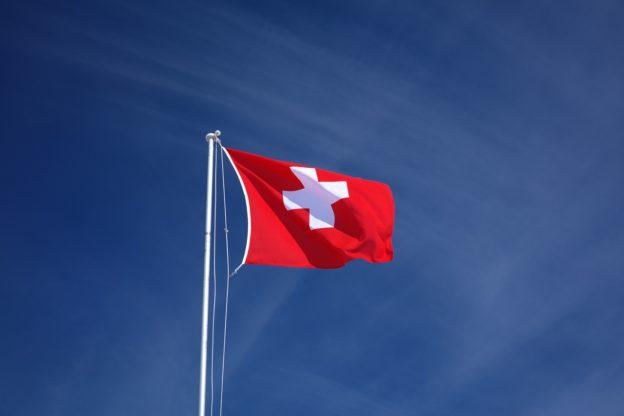 2 年前乙醇停列緊急物資,瑞士苦無消毒原料抗疫