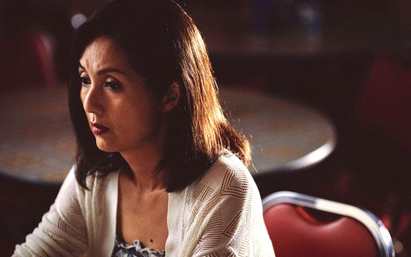 楊千嬅拍《麥路人》挑戰素顏!累到高掛超大黑眼圈
